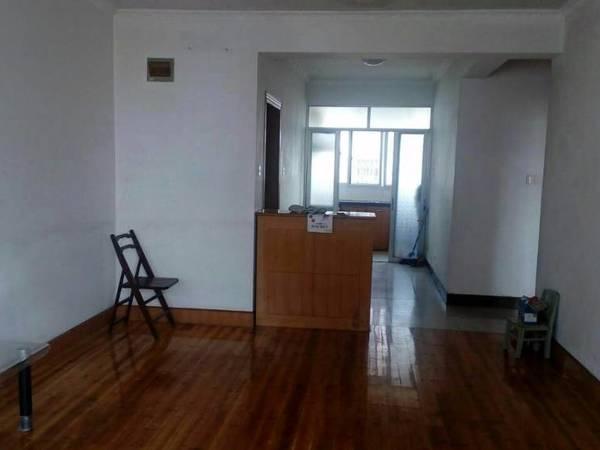 房东自租:15255981825,学区房,大润发边