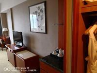 天都国际 精装修单身公寓 朝南 有阳台 每年租金15000元 投资首选 需一把付
