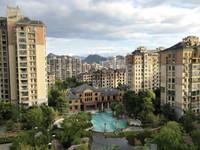 世贸绿洲 城东高档住宅小区,南北通透,送一个房间,精装修
