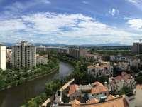 品质小区碧桂园 最好楼层位置三房 七千多单价 全天采光 有匙看房方便 诚售