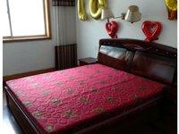 出租御龙花园3室2厅1卫121平米1650元/月住宅