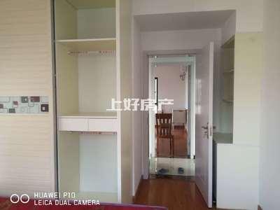 一中对面 联佳爱这城 电梯好楼层 户型方正 精装三房 低总价 随时看房 诚售
