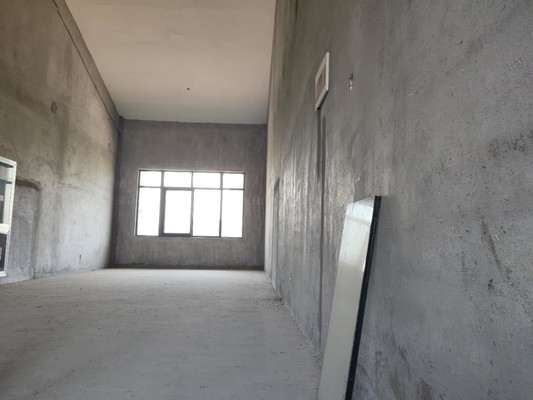 米兰春天 旺铺出租 层高龤驋米 可做四层 超高性价比 实用面积200多平