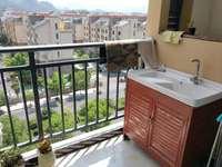 六中学区景徽国际 全新装修一室一厅一卫 有两个外阳台哦