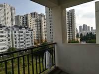 城东田家炳中学附近山水人家4室2厅2卫800元/月住宅