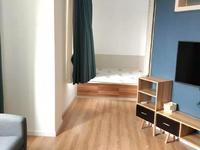 御景佳苑全新精装单身公寓出租,可以短租,随时看房,中介勿扰