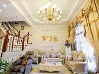 天域江南新城精装修联排别墅,带院子和车位,满五唯一
