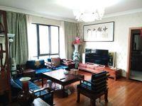 江南新城精装修带杂物间送一套红木家具大三房便宜出售
