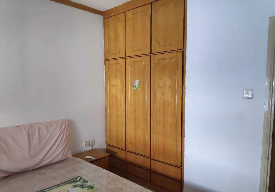 建工小区三室两厅精装璜房屋出租