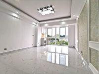 金太阳大厦电梯五六楼loft婚房精装修未住五室三厅两卫急售实用面积180平米