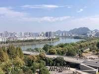 江南新城时代loft 电梯7楼 可看江景 额外赠送70年产权车位一个价值十万