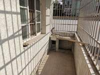 黎阳派出所 多层1楼简装两房 老人居住或是挂学区首选 满五年 看房方便有钥匙!