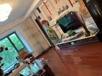 柏景雅居:新出独家房源 业主生意资金周转诚意急售 豪装送家具家电 满五唯一