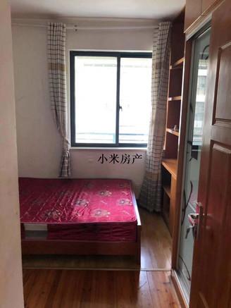 江南新城爆炸好房 正规二室二厅好楼层 中等装修 目前最便宜一套二房 有钥匙