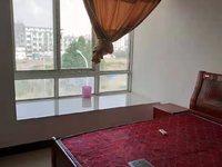 黎阳太平阳附近亲亲家园精装公寓出租,拎包即住,中间楼层,看房方便,只需1000元