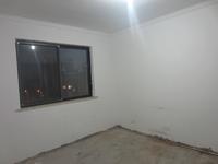 新安养生谷简单装潢二室二厅房屋出租