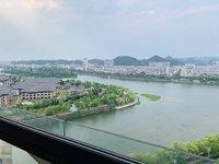 江南新城江景3房,双卫赠送3个阳台;电梯中高层,六中百鸟亭双优学区;看房有钥匙;