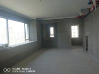出售栢悦华庭3室2厅2卫109平米130万住宅