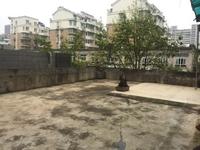 喜欢大露台的朋友看过来,世纪广场旁中装三居室送柴间及私家露台