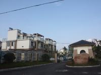 黎阳片区 博林山庄 小区中心别墅带超大 大院子 随时看房诚心出售
