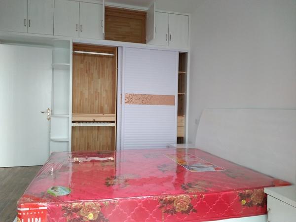 联佳爱这城清华园,一中面对面,2室2厅一厨一卫81平米