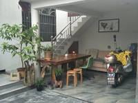 湖边出租整栋精装修6室1厅6卫220平米4500元/月住宅