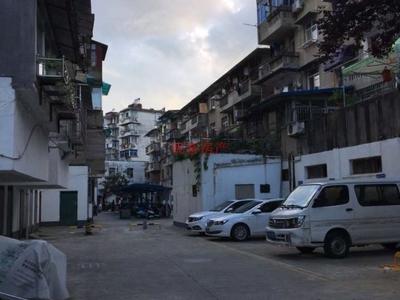 建工小区简装两房,市中心地段,七小学区,挂学区首选