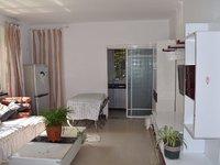 城东香山翠谷小区 两室两厅精装修 拎包入住 小区环境优雅