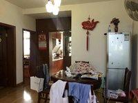 阳湖假日公寓 多层四楼 房子物品已经拿走 江南实验小区跟四中学区 房东急售!