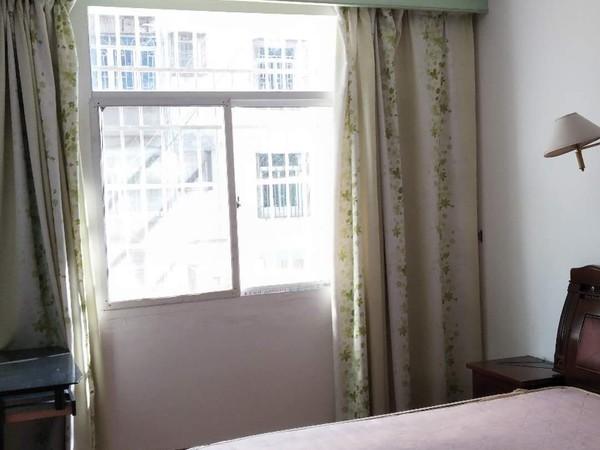 元一 紫阳小区多层二楼 拎包入住 三房 生活方便 距离百大五分钟 有钥匙