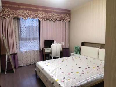 御泉湾精装两房出租,家具家电齐全,拎包即住,装修有家的感觉,价格实惠,看房方便