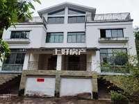香山翠谷双拼别墅,小区中心位置,满2年,带车库,带院子,带露台,总价低
