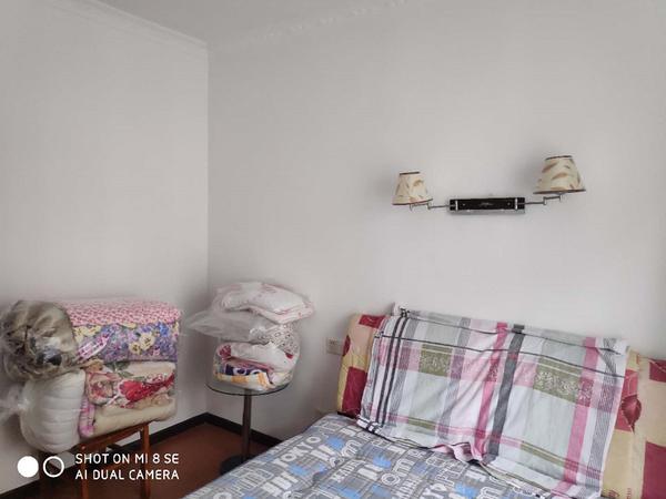 莲花怡庭多层三楼二室二厅房屋含柴间一起出售