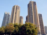 绿地毛坯房 超大通体阳台可改三房 电梯中层 采光无遮挡 两房朝南 超多赠送面积