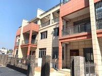 秀水豪园对面迎宾丽景别墅,南北通透多阳台带大露台,有院子,超低单价8800