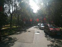 维多利亚南苑 长亭路 2楼办公房 70平米租金1000元