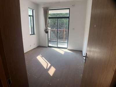 II 新巢房产 II 香山翠谷 联排别墅 安静 带花园 南北大露台 采光很好