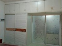 景徽国际公寓出租,1250包物业费拎包入住,朝南有外阳台