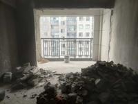 文峰鑫苑大两房,楼层好,视野开阔,业主诚心出售,有钥匙看房方便