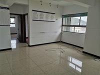 市中心百川财富广场简单装修三室二厅二卫房屋实惠价位出售