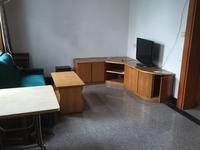 地质队黄金三楼精装修两室两厅 拎包入住 楼下还有一个柴间可以用