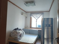 市中心 仙人洞公寓中装三室两厅 家俱家电齐全出租