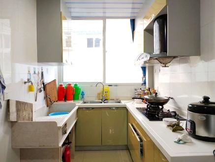 三华园一期大2房,满5年,户型方正,送杂物间,业主诚心出售