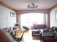 业主出租新安广场1栋2单元403室三室两厅一厨一卫住宅月租金1500元 五年起租