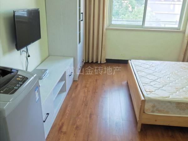 出租 山语人家精装单身公寓 拎包入住 交通便利一年起租