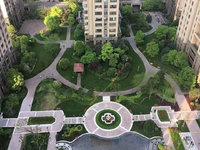 绿地滨江一号 边套好楼层 136平4房 价格超便宜 有钥匙 随时看房