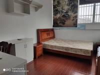 青春商贸城 老街 3室1厅1卫85平米1250元/月住宅
