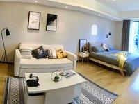 柏悦居 高端品质小区 拎包入住 精品装修 黄金楼层 一室一厅 超大空间 超大视野