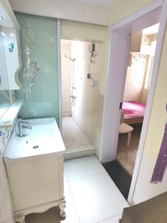 阳湖核心地段 紫阳小区多层二楼两房一厅 精装修 满两年 有钥匙在随时看房