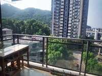 东方丽景 电梯两室出租 生活便利 小区环境好